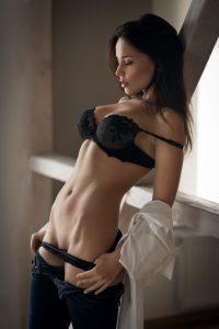 Je te veux sur mes gros seins une baise dans la journée Ile-de-France
