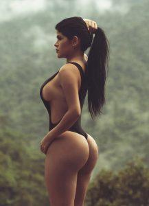 webcam sexy avec une jolie femme du 16